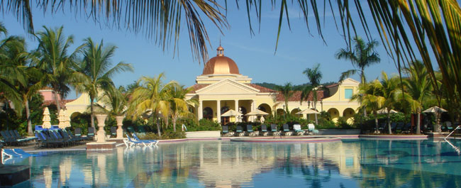 Cheap Vacations to Whitehouse, Jamaica