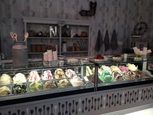 gelato, gelato stand