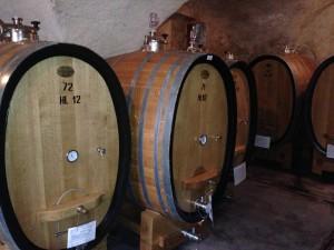 wine, barrels